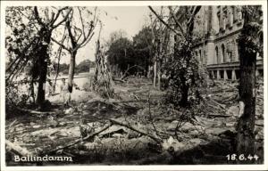 Foto Ak Hamburg Mitte Altstadt, Ballindamm, Straße in Trümmern, Kriegszerstörung 1944