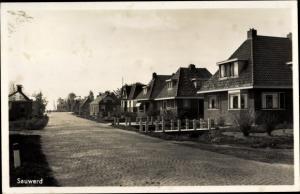 Foto AkSauwerd Groningen Niederlande, Ortspartie