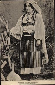 Ak Albanien, Frau in albanischer Tracht