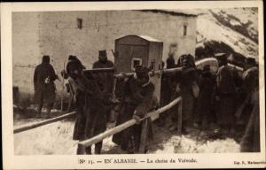 Ak Albanien, La chaise du Voivode