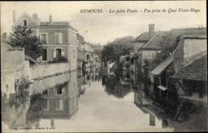 Ak Nemours Seine et Marne, Les petits Fosses, Vue prise du Quai Victor Hugo