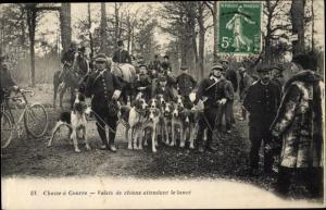 Ak Rambouillet Yvelines, Chasse Courree, Valets de chiens attendant la lance