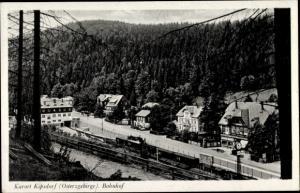 Ak Kipsdorf Altenberg im sächsischen Erzgebirge, Blick auf den Bahnhof