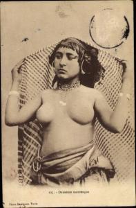 Ak Danseuse Mauresque, Frauenakt, Maghreb, Busen