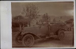 Foto Ak Zwei Soldaten in einem Automobil mit offenem Verdeck
