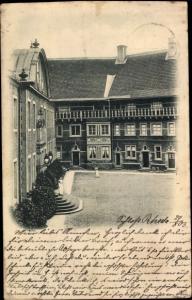 Ak Rheda Wiedenbrück in Westfalen, Schloss Rheda, Schlosshof