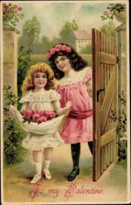 Präge Ak Valentinstag, To my Valentine, Mädchen mit Rosen
