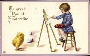 Präge Ak Glückwunsch Ostern, Küken, Kind als Maler, Staffelei