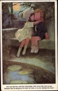 Künstler Ak Wood, Lawson, Mädchen küsst Junge, Mondschein
