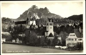 Ak Füssen im Ostallgäu, Ort, Lech mit Säugling, Kirche