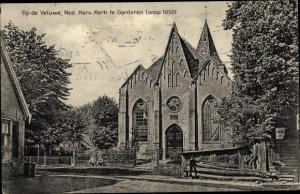 Ak Garderen Gelderland, Op de Veluwe, Ned. Herv. Kerk te Garderen anno 1050