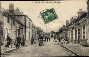 Ak Les Bordes Loiret, Grande Rue