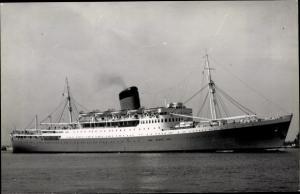 Foto Ak Steamer Rhodesia Castle, Dampfschiff, Union Castle Line UC
