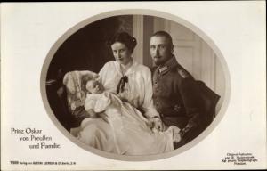 Ak Oskar Prinz von Preußen, Gräfin Ina Marie von Bassewitz, Liersch 7500