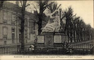 Ak Nangis Seine et Marne, Le Monument aux Enfants de Nangis morts pour la France