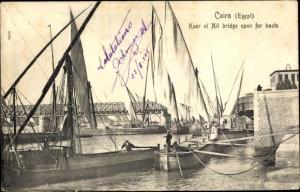 Ak Cairo Kairo Ägypten, Kasr el Nil bridge open for boats