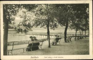 Ak Keszthely Kesthell Ungarn, Parti setany a fürdö bejaroval, Hochstädter Mor