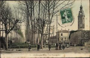 Ak Crecy en Brie Seine et Marne, Les Promenades