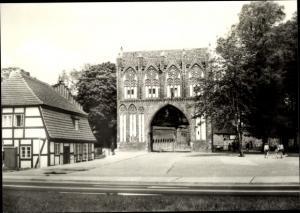 Ak Neubrandenburg in Mecklenburg, Stargarder Tor
