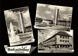 Ak Neubrandenburg in Mecklenburg, Kulturzentrum, HO Warenhaus Centrum