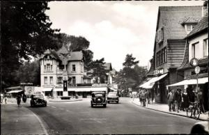 Ak Ostseebad Timmendorfer Strand, Straßenpartie, Geschäfte, Autos
