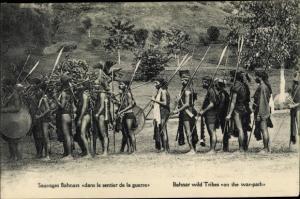 Ak Vietnam, Sauvages bahnars dan le sentier de la guerre, Bahnar wild Tribes on the war path