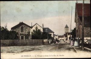 Ak Le Perray Yvelines, La Passage a niveau de la Rue du Moulin