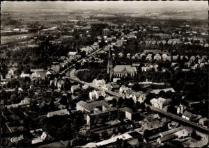 Ak Papenburg im Emsland, Fliegeraufnahme vom Ort, Kirche
