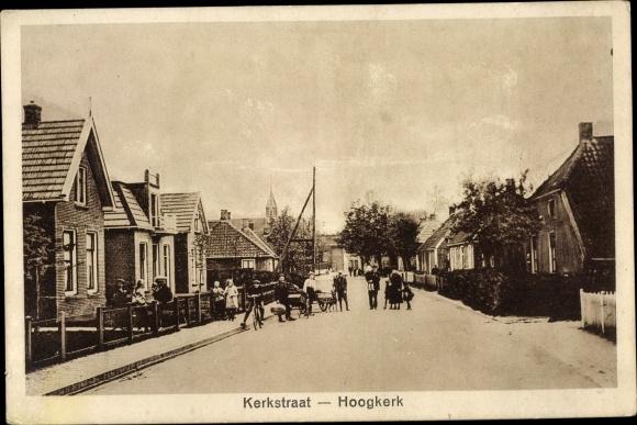 Ak Hoogkerk Groningen Niederlande, Kerkstraat, Straßenpartie 0