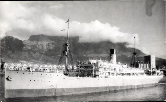Foto Ak Steamer Gloucester Castle, Dampfschiff, Union Castle Line 0