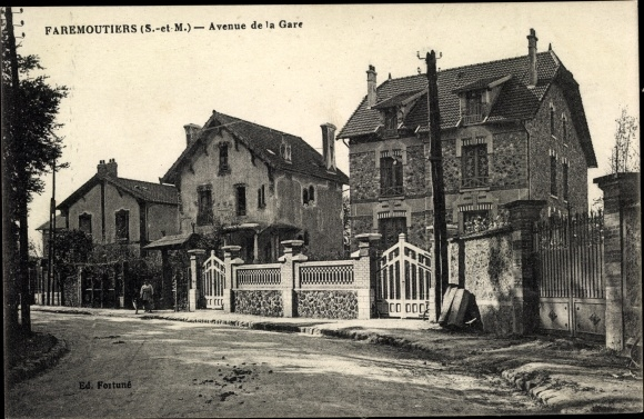 Ak Faremoutiers Seine et Marne, Avenue de la Gare 0