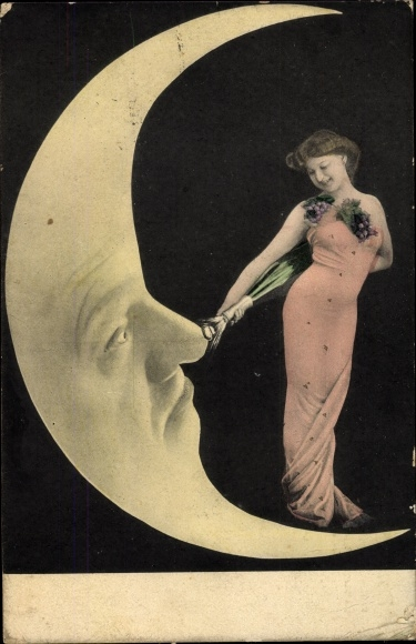 Ak Mond, Dame mit Weintrauben 0