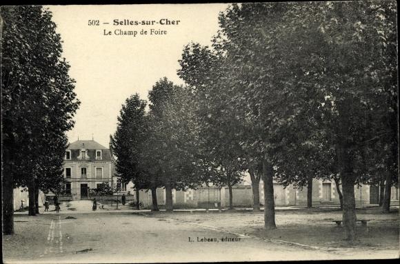 Ak Selles sur Cher Loir et Cher, Le Champ de Foire 0
