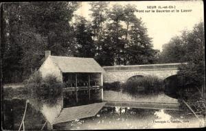 Ak Seur Loir-et-Cher, Le Pont sur le Beuvron et le Lavoir