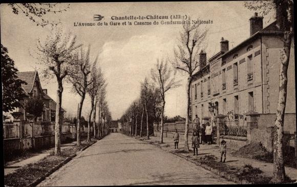 Ak Chantelle Allier, Avenue de la Gare et la Caserne de Gendarmerie Nationale 0