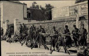 Ak Grandes Manoeuvres du Bourbonnais, Garde du drapeau, grand'halte
