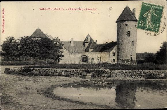 Ak Vallon en Sully Allier, Château de la Guerche, vue générale, rive 0