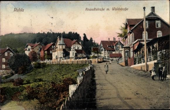 Ak Ruhla in Westthüringen, Knaudtstraße mit Waldstraße 0