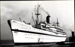 Foto Ak Steamer Nevasa, Dampfschiff, British India Steam Navigation Company