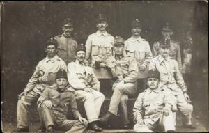 Foto Ak KuK Soldaten in Uniformen, I. WK