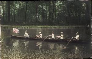 Foto Ak Ruderer, Boot, Wasserpartie