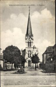 Ak Villeneuve sur Allier Allier, l'Eglise, vue générale