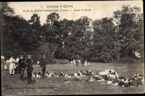 Ak Saint Fargeau Yonne, Chasses a Courre, Avant la Curee