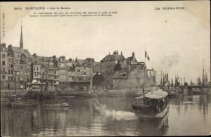 Ak Honfleur Calvados, Sur le Bassin, Hafenpartie, Dampfer
