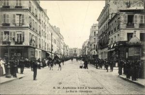 Ak Versailles Yvelines, Alphonse XIII, König Alfons XIII von Spanien, Rue de l'Orangerie