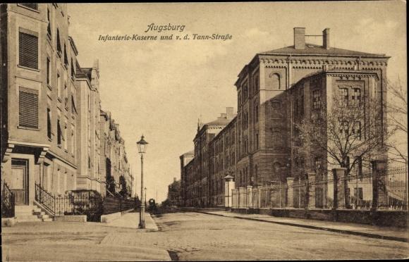Ak Augsburg in Schwaben, Infanteriekaserne, Von der Tann Straße 0