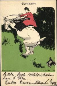 Künstler Ak Sporthumor, Reiterin, bockendes Pferd