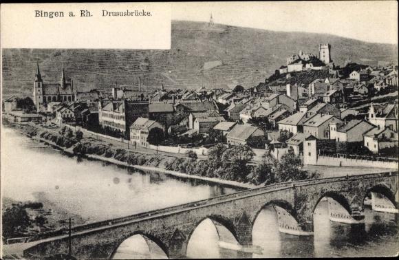 Ak Bingen am Rhein, Panorama vom Ort mit Drususbrücke 0