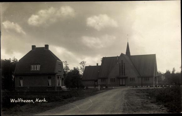 Foto Ak Wolfhezen Gelderland, Kerk 0