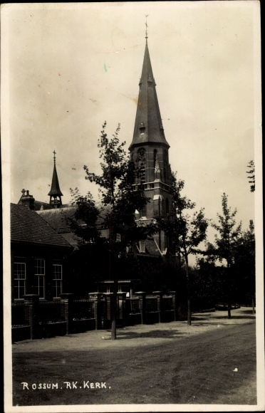 Foto Ak Rossum Maasdriel Gelderland, R. K. Kerk 0